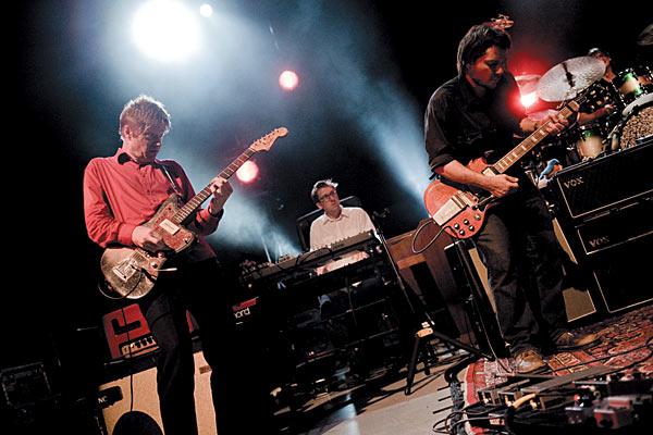 Wilco сообщили детали нового альбома