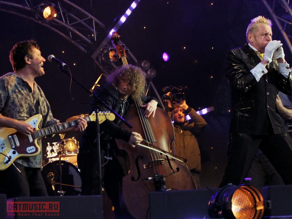 «Усадьба. Джаз 2009»: Джаз сдождем (фото)