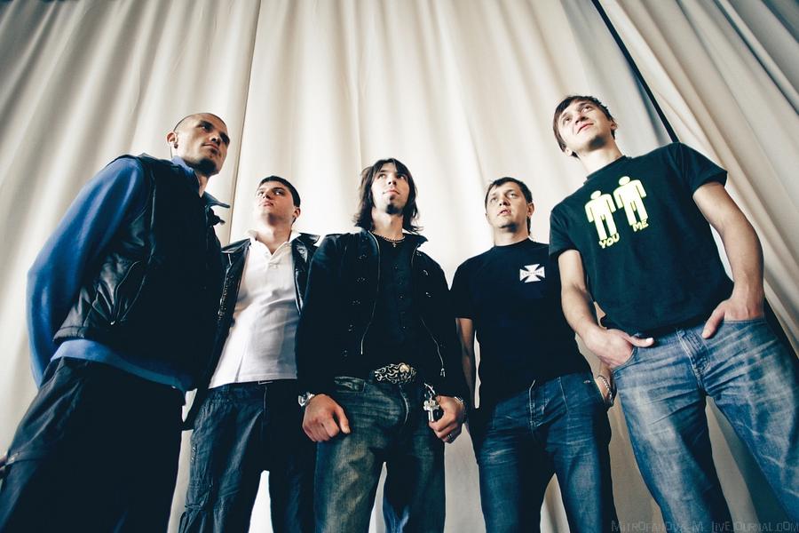 Поклонники Limp Bizkit встретили группу Kaizen флешмобом