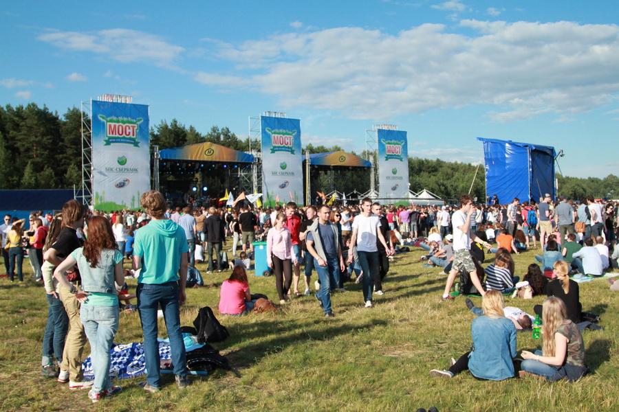 Второй белорусский фестиваль «Мост» собрал прыхільнікаў рока.
