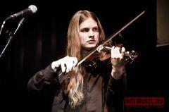 24апреля Алина Орлова дала аншлаговый концерт вмосковском клубе Б2