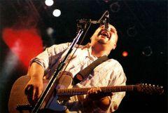 Фронтмен Pixies выпускает новый сольный альбом