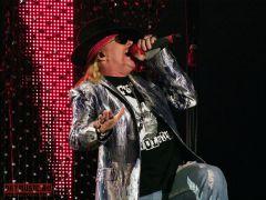 Guns N' Roses вмосковском Олимпийском