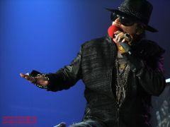 Guns N' Roses выступили вМоскве сдвойным концертом