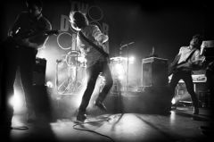 Ирландские инди-рокеры Two Door Cinema Club покорили столичный Stadium Live