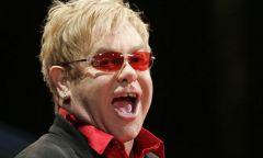 Elton John снова выступит вМоскве