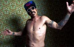Red Hot Chili Peppers ������������ ����� ���� �Dark Necessities� (�����)