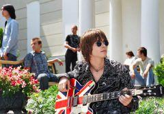 Вася Обломов снова запел: представлена ранее неизданная песня его группы Чебоза