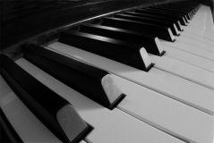 Типы клавиатур акустических клавишных инструментов
